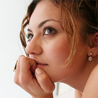 women-thinking